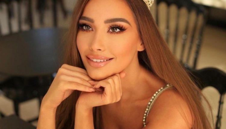 """""""Mbretëresha e Tokës dhe e qiejve"""", Paula Mehmetukaj shkëlqen në Miss Universe me veshjen e Enada at`Nikollës!"""