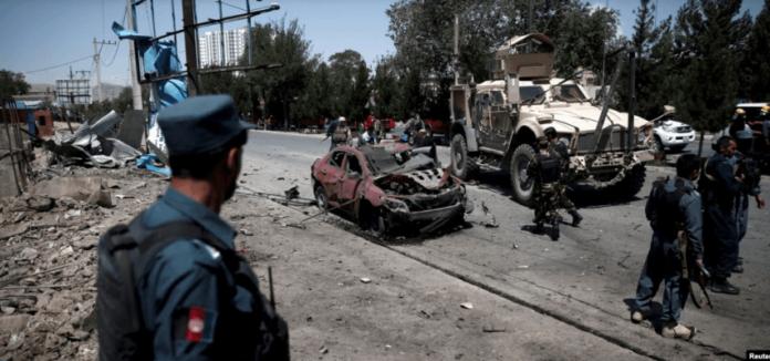 Sulmi me bombë rrugore shënjestron punëtorët shëndetësorë në Kabul