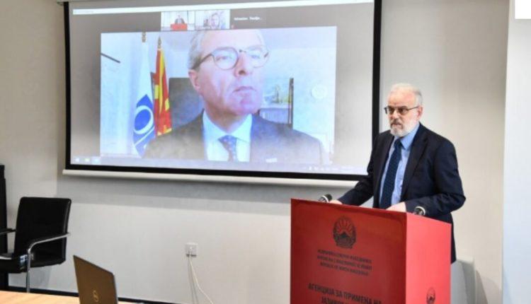 Xhaferi: Krahas të drejtës së përdorimit të gjuhës, të mbahet llogari edhe për ruajtjen, promovimin dhe zhvillimin e standardeve të saj