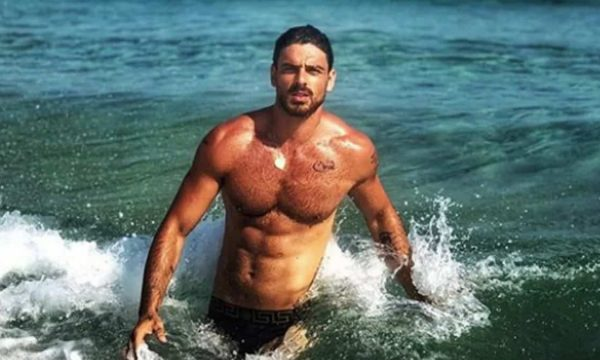 U përfol se ishte gay, aktori i njohur italian flet për orientimin e tij seksual