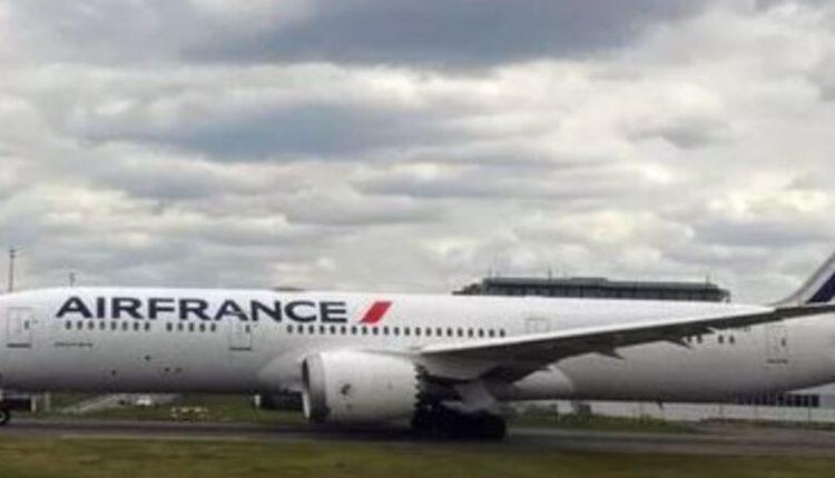 Alarm për bombë në një avion në Aeroportin Charles de Gaulle në Paris