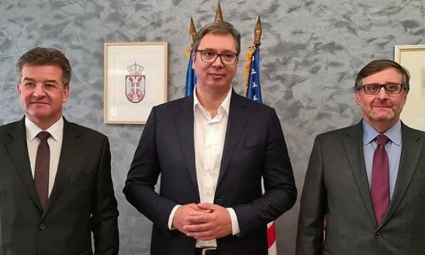Vuçiq flet pas takimit me Palmer dhe Lajçak: Besoj në mundësinë e arritjes së kompromisit me Kosovën