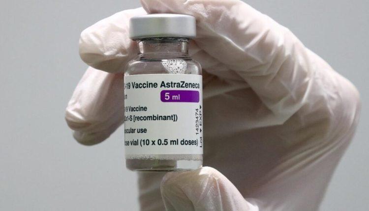 Pas vdekjes së 18-vjeçares, Italia pezullon përdorimin e vaksinës AstraZeneca për njerëzit nën 60 vjeç