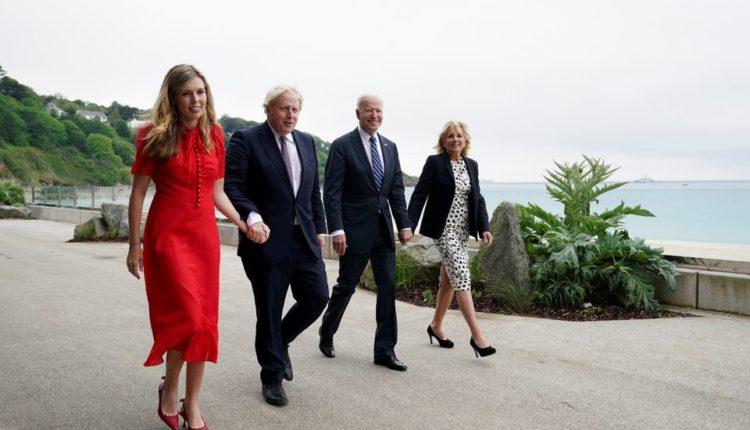 Kryeministri britanik, Johnson e vlerëson si pozitiv takimin me Biden