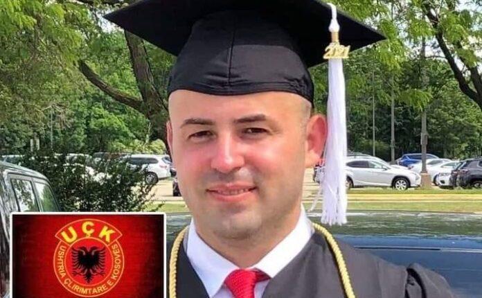 Shqiptari nga Maqedonia diplomonë në SHBA: Diplomen ia dedikon UÇK
