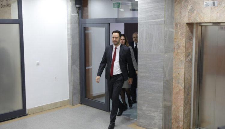 Kryetari i Kuvendit të Kosovës, Glauk Konjufca sot viziton Shqipërinë