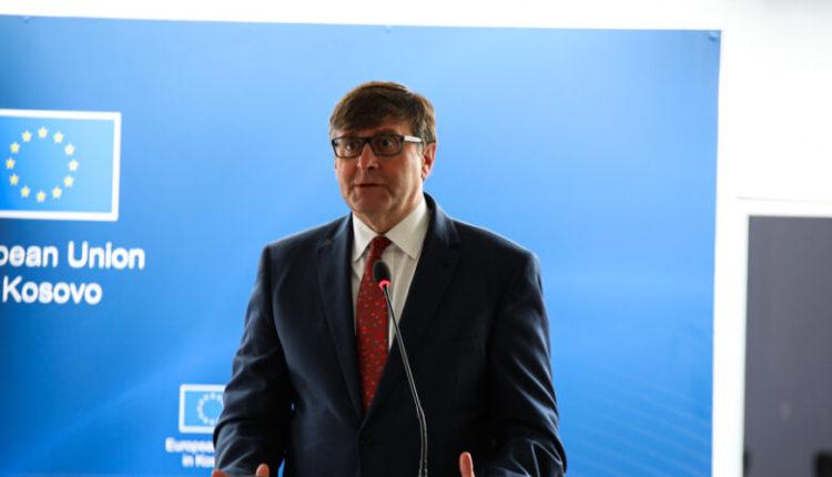 Palmer: Kosova dhe Serbia mund të arrijnë marrëveshje këtë vit