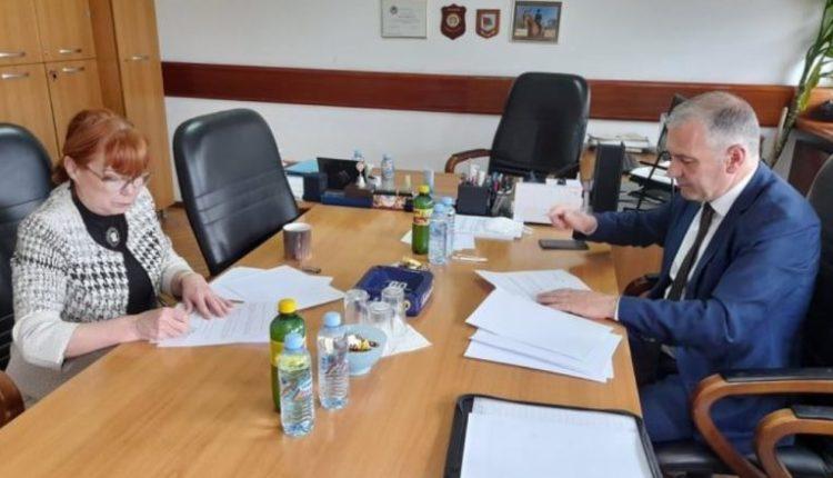 Prokuroria e Maqedonisë dhe Shqipërisë nënshkruajnë memorandum për bashkëpunim kundër korrupsionit