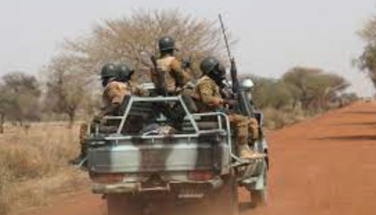 100 civilë të vrarë në Burkina Faso