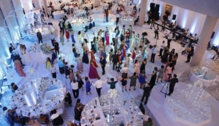 Muzikantët protestojnë kundër vendimit për të luajtur vetëm nëpër dasma