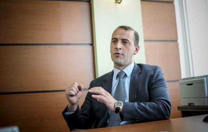 Si do të menaxhojë Daut Haradinaj ndotjen e ajrit në Prishtinë?