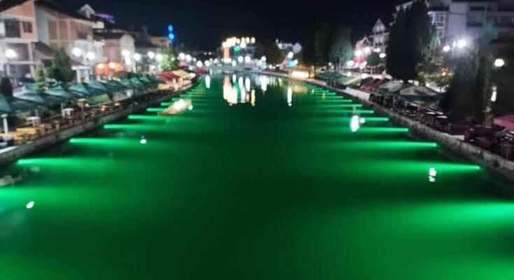 Komuna e Strugës ndriçon shtratin e Drinit të Zi