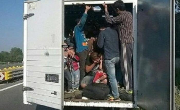 Trafikantët e migrantëve në paraburgim, rritet numri i përpjekjeve për hyrje të paligjshme