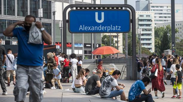 Studimi i fundit: Gjermanët duan t'i mbajnë maskat edhe pas pandemisë
