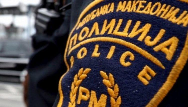 Arrestohen gjashtë persona në një objekt në Zherovjan të Tetovës, policia zbulon armë