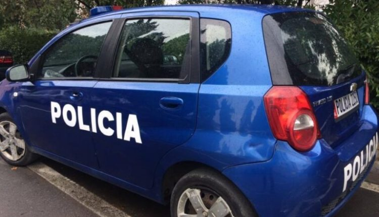 Kreu veprime të turpshme para të miturës, përfundon në polici 55 vjeçari