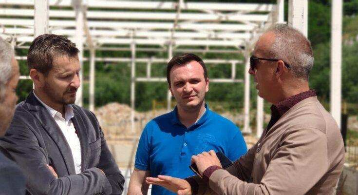 Zv.drejtori Rustemi: Pishina në Kërçovë, po kthehet në realitet