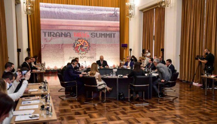 Varhely: Qershori, muaj kritik për Ballkanin Perëndimor