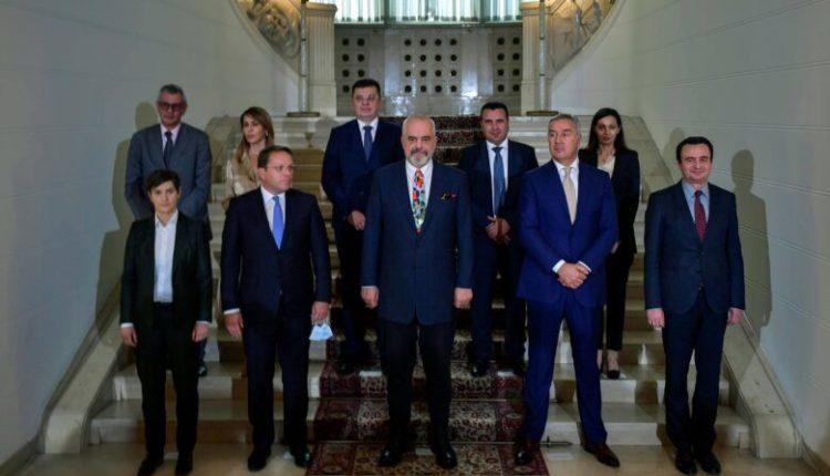 Samiti në Tiranë përplas Kosovën me Serbinë