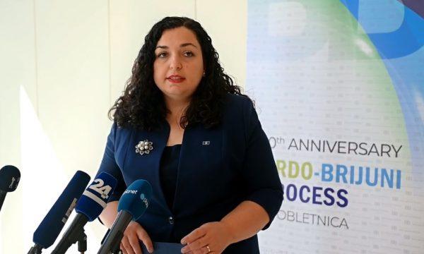 Osmani konfirmon se SHBA-ja do të ndajë vaksina për Kosovën