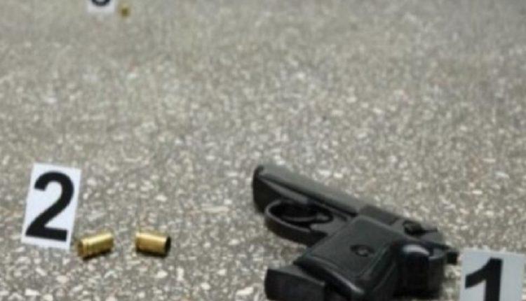Tjetër vrasje në Shqipëri, në Peqin vritet një 45-vjeçar