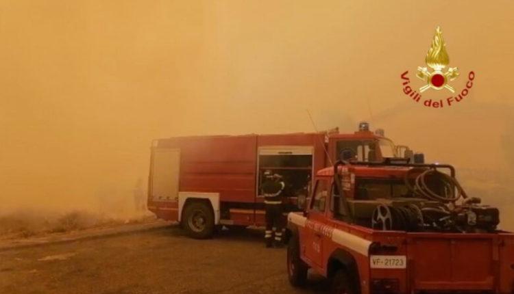 Vazhdojnë zjarret në Sardenja, Greqia dhe Franca i dalin në ndihmë Italisë