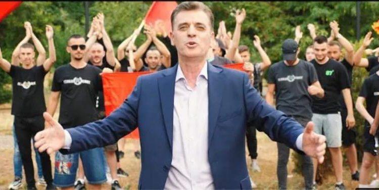 """Ismet Bexheti i kundërpërgjigjet maqedonasëve për """"himnin"""" e Kumanovës"""