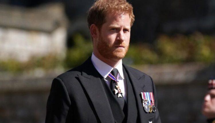 Princ Harry po shkruan një libër për jetën e tij, thuhet se do të tronditë familjen mbretërore