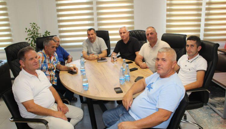 Bexheti dhe Jakupi prezantuan projektin për rekonstruimin dhe modernizimin e sistemit për ujitje