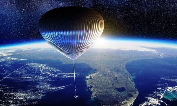 Brenda një kapsule gjigante duke soditur Tokën, ja kur mund të martoheni në hapësirë