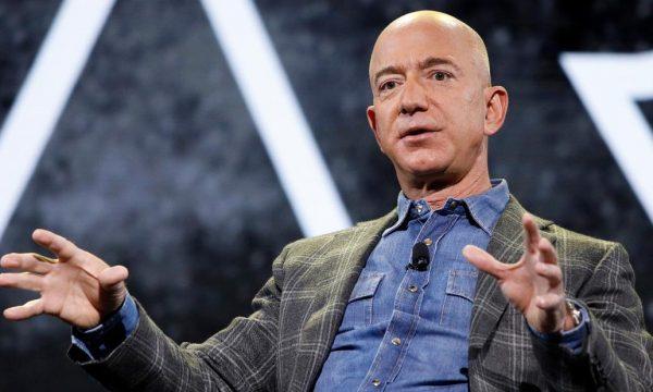 Jeff Bezos nuk është personi më i pasur në botë, kush ia zuri vendin