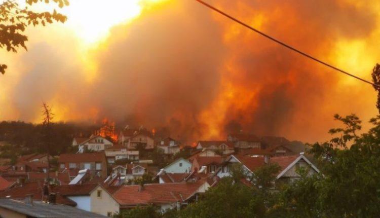 Zjarri i madh, 15 zjarrfikës me 3 vetura të kundërzjarrit nisen për në Koçan