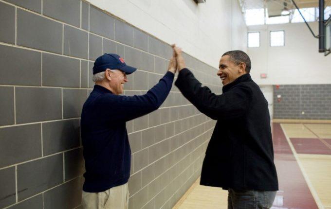 Biden uron Obamën për ditëlindje: Krenar që të quaj vëlla!