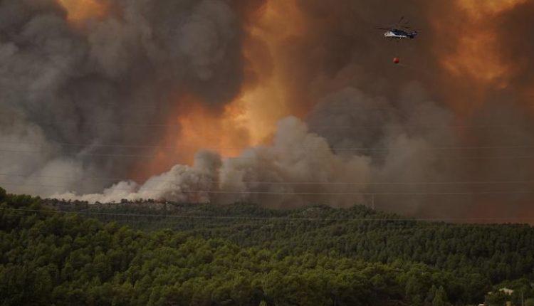 Situatë alarmante nga zjarret në Shqipëri