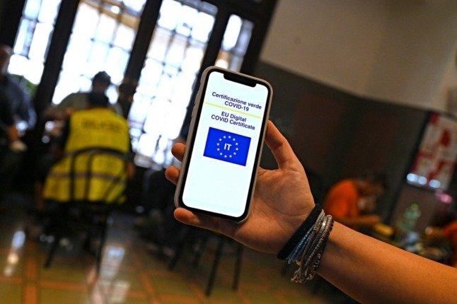 """Italia bëhet vendi i parë në Evropë që e bën të detyrueshme """"Pasaportën Jeshile"""" për punonjësit"""
