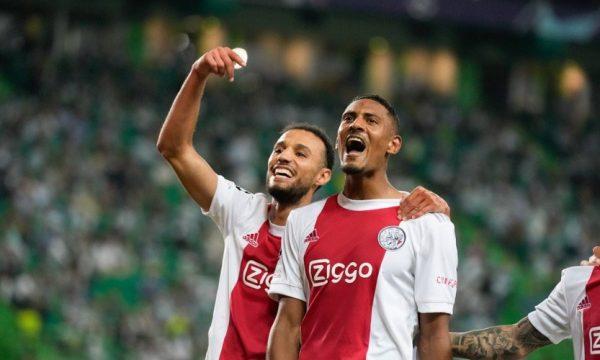 Ajax e demolon Cambuurin, ia shënon 9 gola
