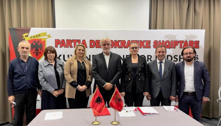 PDSH mbajti mbledhje të Kuvendit Qendror. Zgjidhet kryesia e re dhe miratohet platforma