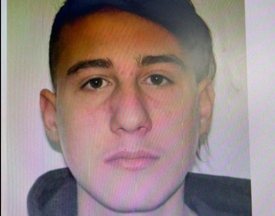 E FUNDIT/ Nuk i dorëzohet policisë, Aldi Rama qëllon me armën e krimit ndaj vetes