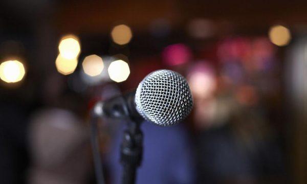 Mes lotësh e emocionesh, këngëtarja e njohur e lë Kosovën