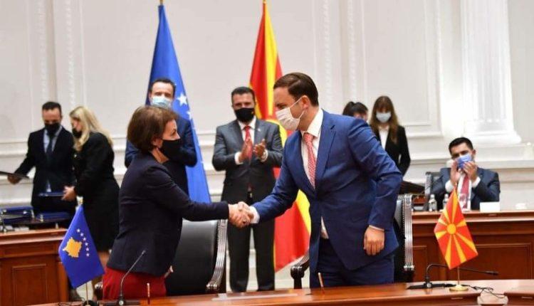 Osmani dhe Gërvalla nënshkruan Marrëveshje për Bashkëpunim në fushën e Diasporës