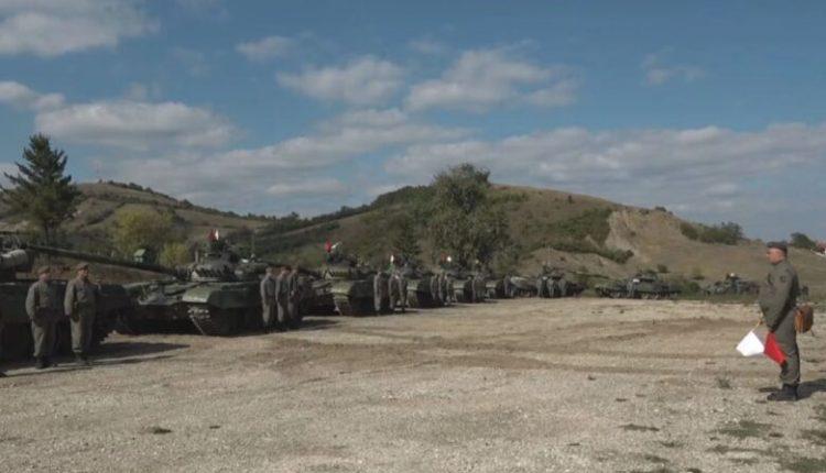 A2CNN: Serbia rreshton ushtrinë në kufirin me Kosovën: Presim urdhrin e Vuçiç