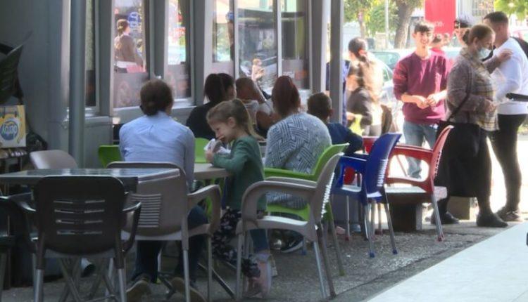 Tetovë, kafenetë dhe restorantet respektojnë masat anti-Covid