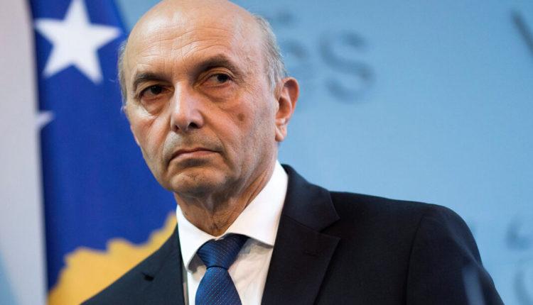 Mustafa: Kurti duhej të ishte në Kosovë, jo të dërgojë mesazhe nga Shkupi