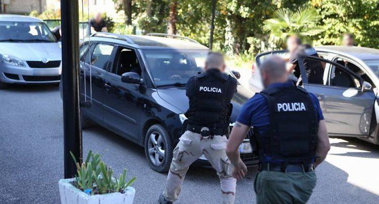 U prezantua si punonjës policie, arrestohet një 26 vjeçar në Tiranë