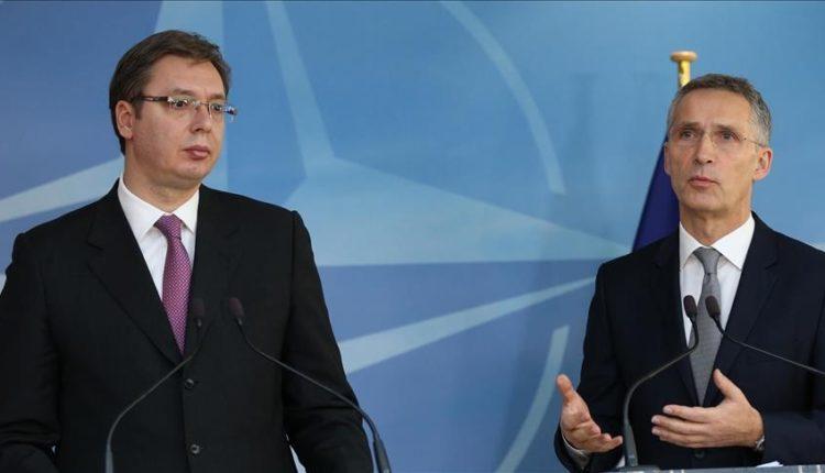 Vuçiq dhe Stoltenberg flasin për situatën në veri të Kosovës