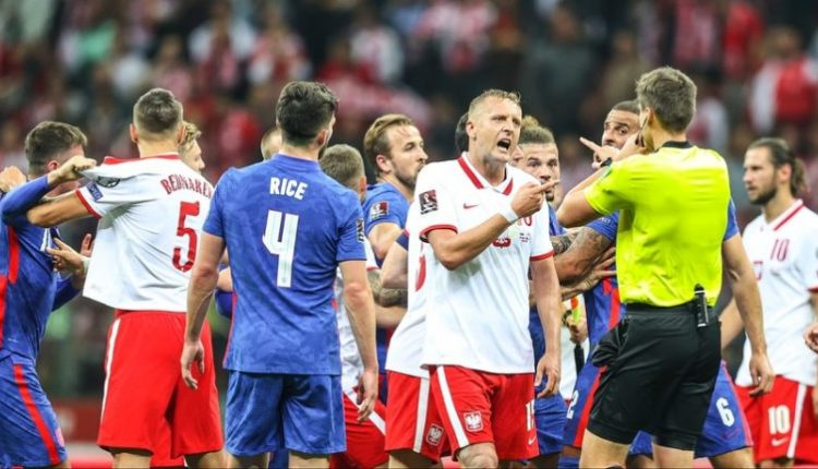 U raportua se ofendoi në baza racore, FIFA nuk dënon mbrojtësin polak