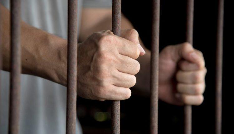 Sherr mes të dënuarve në Greqi, shqiptari bën për spital rumunin