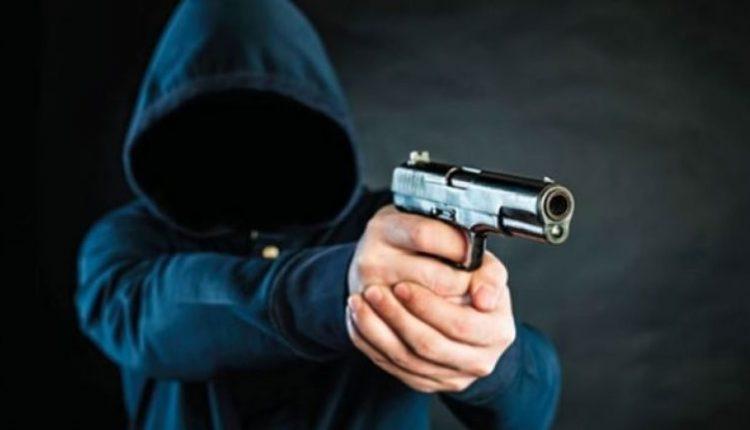 """""""La Casa de Papel"""" në Klinë, persona të armatosur kryejnë vjedhje në një pikë karburanti"""