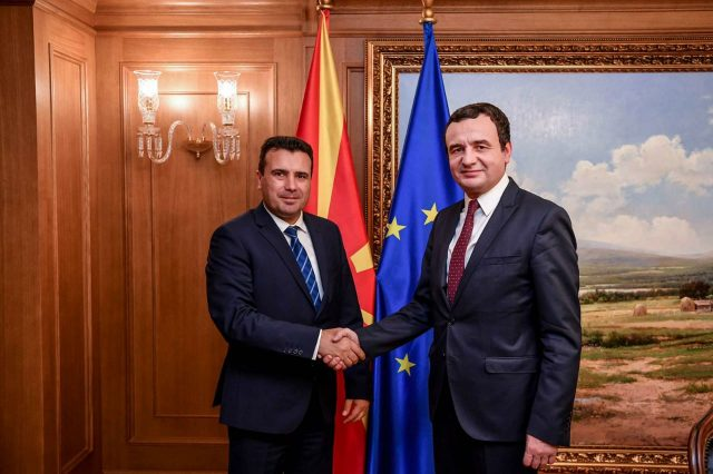 Albin Kurti takon Zaevin në Shkup: Lufta kundër krimit duhet të jetë e përbashkët
